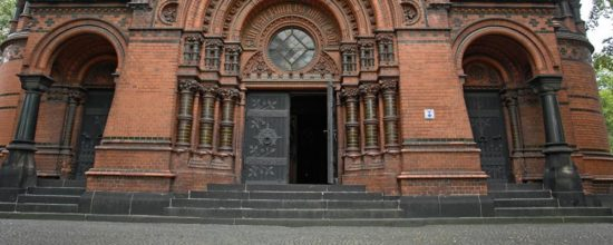 Kirchenbesuch nach dem Kirchenaustritt
